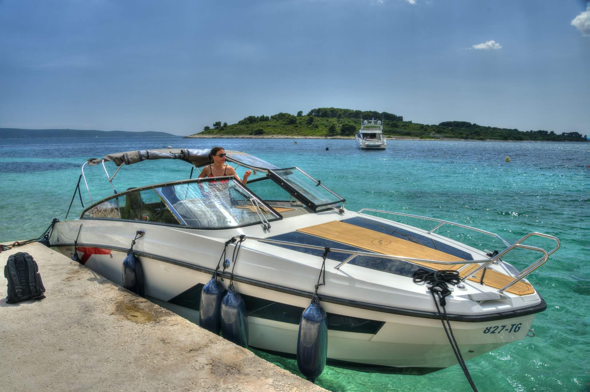 Speedboot Kroatien - Finnmaster T8