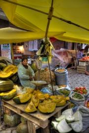 Markt in La Paz, Bolivien: hier werden Kürbisse angeboten