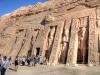 Der Tempel der Pharaonen-Frau Nefertari. Ramses II. errichtete den Tempel direkt neben seinem in Abu Simbel, Oberägypten. Foto: www.nikkiundmichi.de