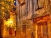Gasse in Trogir, an der Adria in Kroatien.