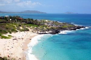 Traum-Strand auf der Insel Oahu, Hawaii. Foto: www.nikkiundmichi.de