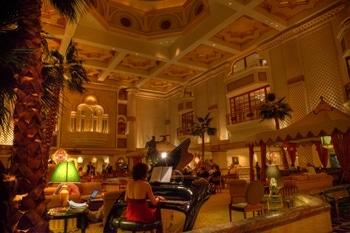 Luxus pur: das Grand Hyatt in Maskat lockt mit Träumen aus 1001 Nacht.