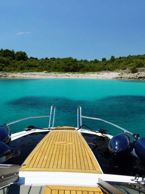 Finnmaster T8 Speedboot Kroatien