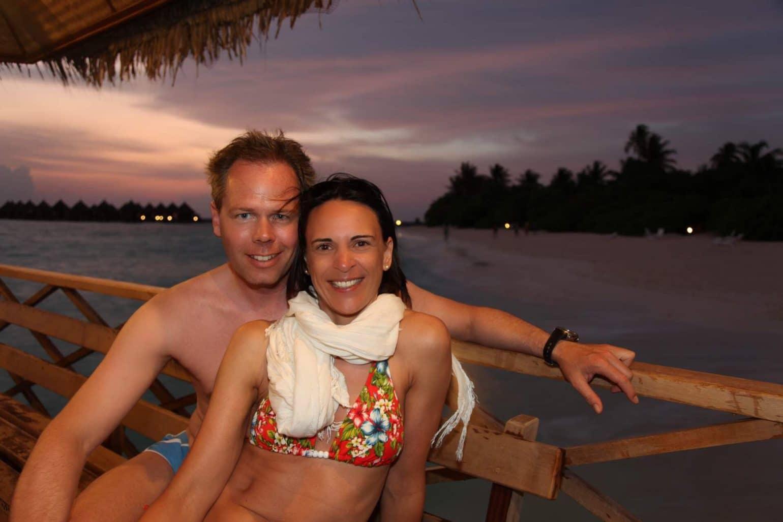 Nach dem Nachttauchgang am Hausriff von Angaga: Wir chillen eine Runde im warmen Maldeiven-Wind...