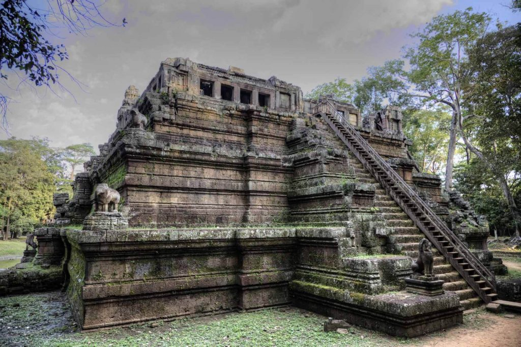 Phimeanakas: Der hinduistische Stufentempel wurde im 11. Jahrhundert gebaut und soll oben mit Gold verziert gewesen sein.
