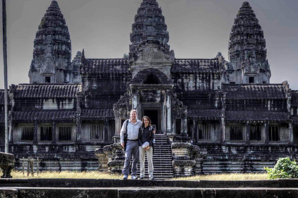 Frühmorgens ist Angkor Wat am schönsten - wenn die Touristen noch schlafen, spürt man die mystische Stimmung des Ortes.