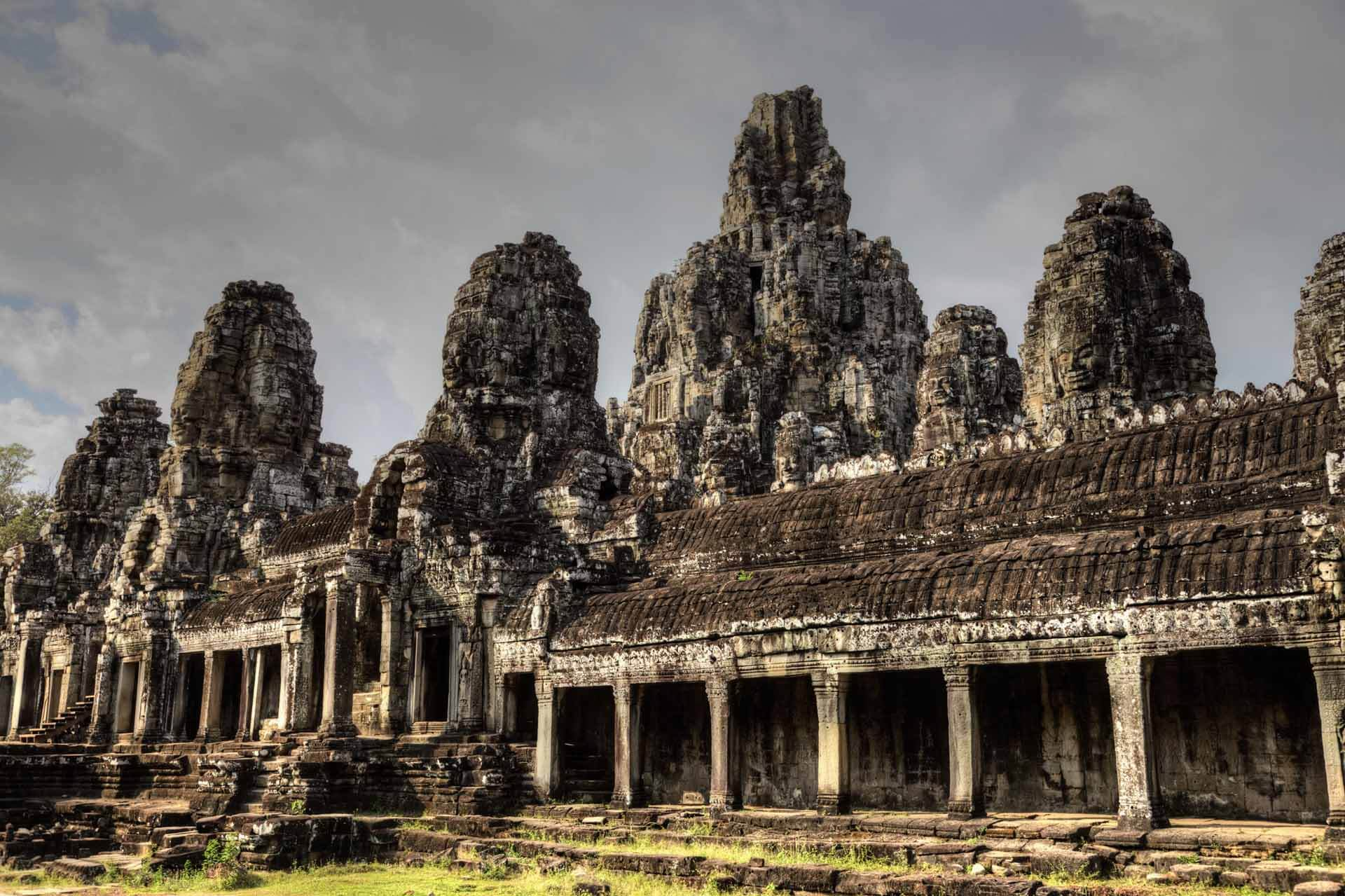 Bayon Tempel in Angkor Thom mit Gesichtertürmen
